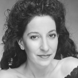 Melanie Mitrano headshot